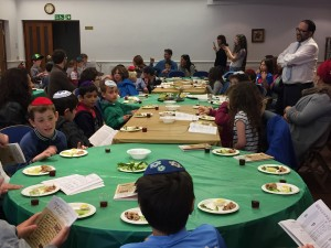 seder  listening to year 1 mah nish tanah